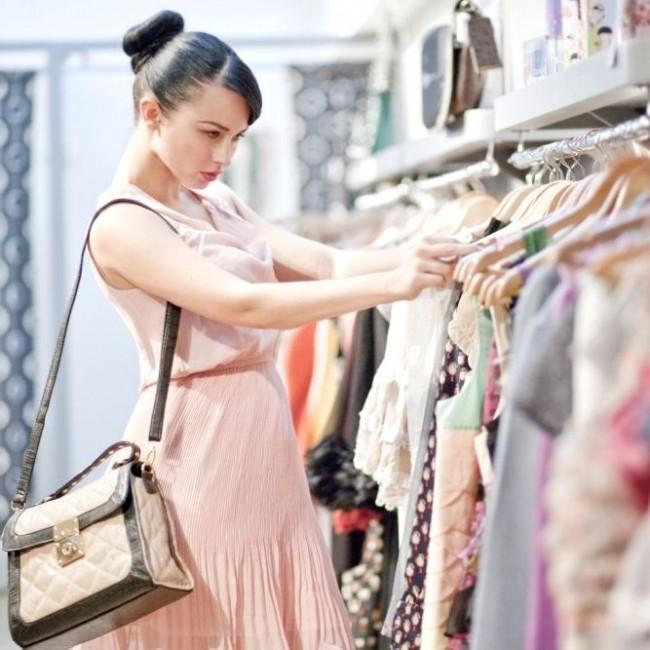 Как научиться экономить на покупке одежды